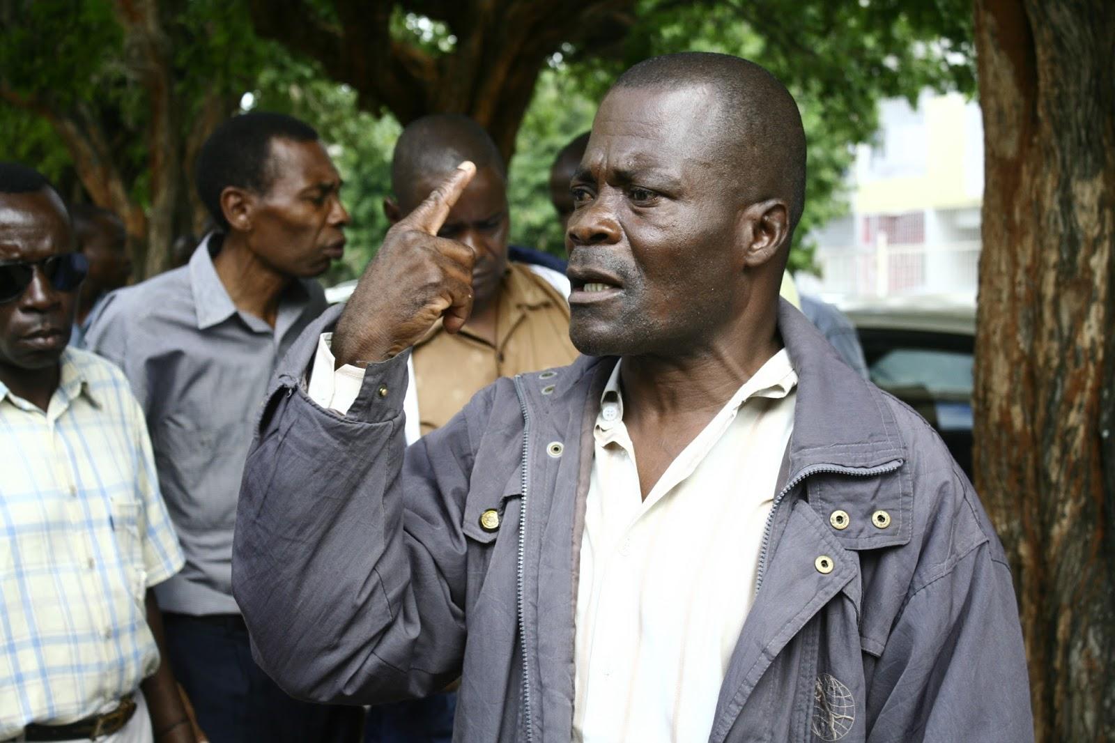 MORREU, na madrugada de ontem, na sua residência, na Machava, província de Maputo, o ex-combatente Hermínio dos Santos, vítima de doença, aos 59 anos de