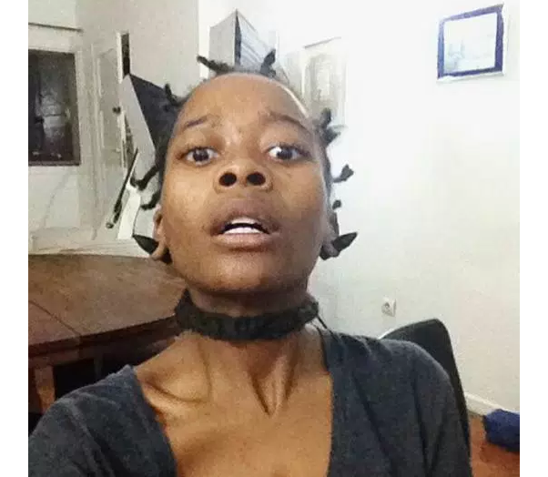 """Estão a circular nas redes sociais fotos da ex-integrante do agrupamento de Hip hop, Dabbo Boys, Rainha da Sucata em que aparece magra e em um estado possivelmente """"drogada"""""""